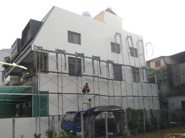 外牆-梯間-女兒牆-施工完成拆架