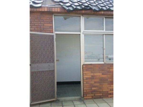 4樓後門窗-整修前