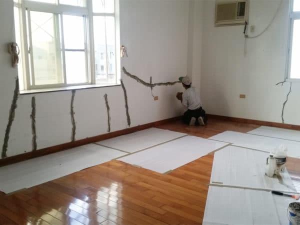 窗構-內部施工中